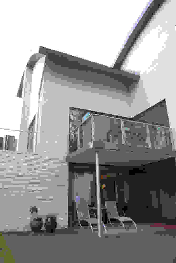 Bosvilla Moderne huizen van ir. G. van der Veen Architect BNA Modern