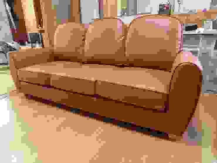 Mary 3 seater : (株)工房スタンリーズが手掛けた現代のです。,モダン 革 灰色