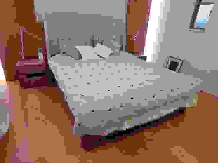 Full-Ordered Double-size Bed+Headbord: (株)工房スタンリーズが手掛けた現代のです。,モダン 無垢材 多色