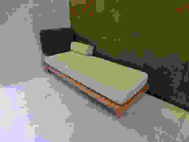 Full-ordered Day Bed: (株)工房スタンリーズが手掛けた現代のです。,モダン 麻/リネン ピンク