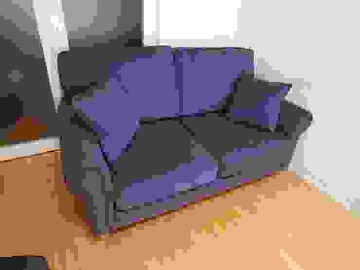 Barbara 2 seater 張替: (株)工房スタンリーズが手掛けた折衷的なです。,オリジナル 綿 赤色