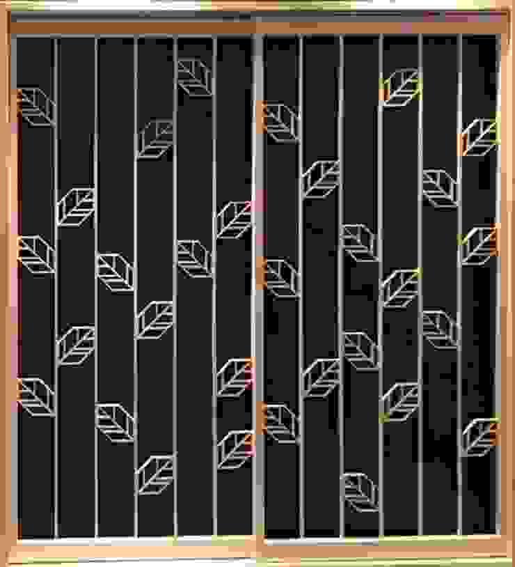Original modern door of the new sense Fenêtres & Portes modernes par 有限会社種村建具木工所 Moderne