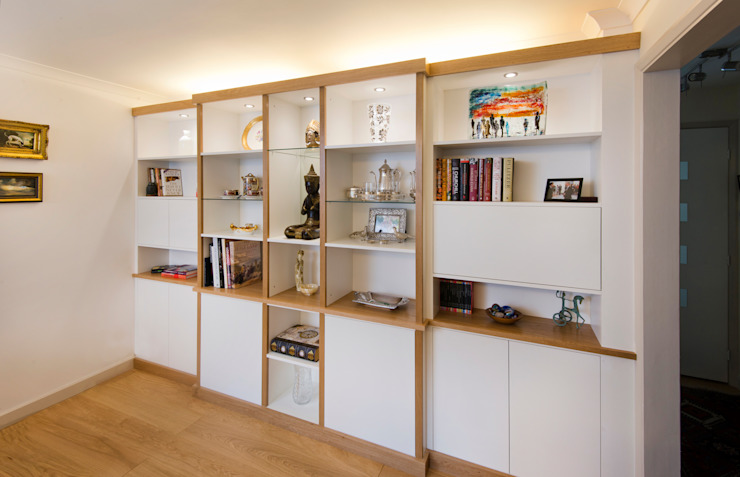 Break Front Cupboards & Shelving - ​With lighting switched on:  Living room by Martin Greshoff Furniture, Modern