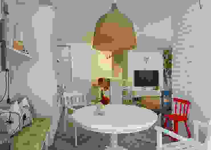 Проект апартаментов для молодой пары с ребенком: Кухни в . Автор – Mebius Group,
