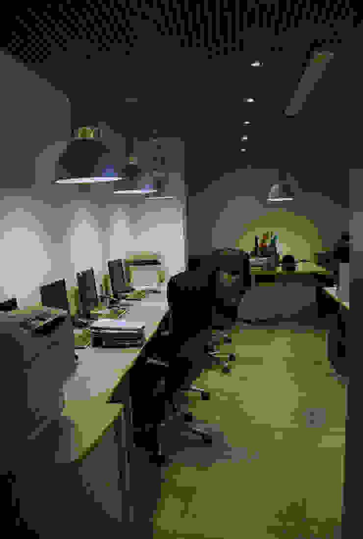 Офис на Кутузовском Офисные помещения в стиле лофт от Дизайн-студия «ARTof3L» Лофт