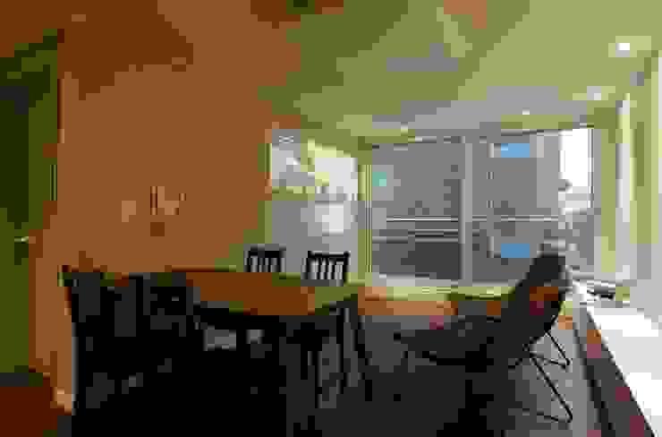 Scandinavian style living room by 홍예디자인 Scandinavian