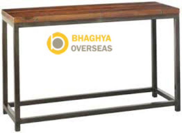 industrial iron and wood table: industrial  by BHAGHYA OVERSEAS,Industrial