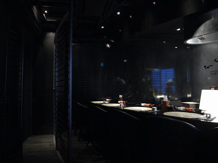 tempra & bar TAKA インダストリアルなレストラン の (株)グリッドフレーム インダストリアル