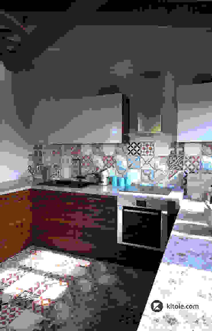 Загородный дом в Приозерске Кухня в стиле модерн от Kitole Модерн