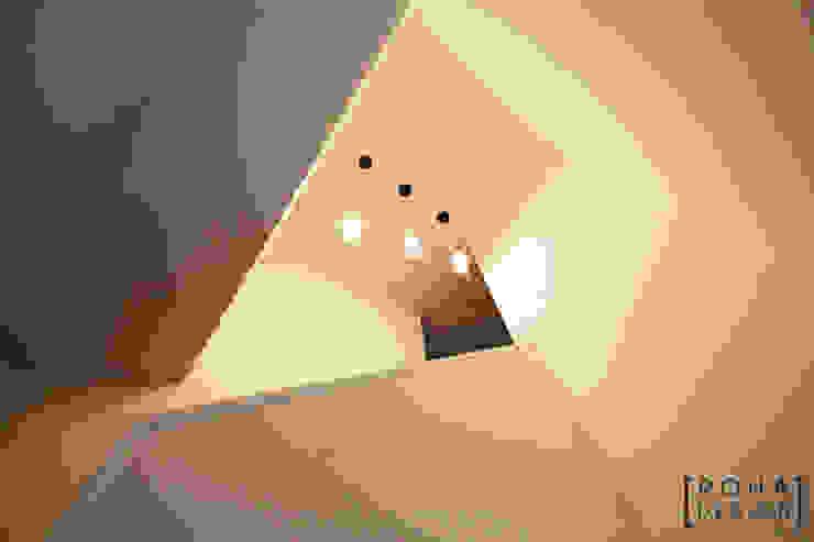 부산 사하구 당리동 주택 인테리어 디자인 모던스타일 거실 by 로하디자인 모던