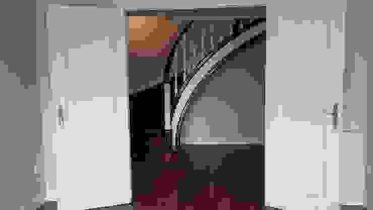 DecoYcina. Marta Espel Couloir, entrée, escaliers modernes