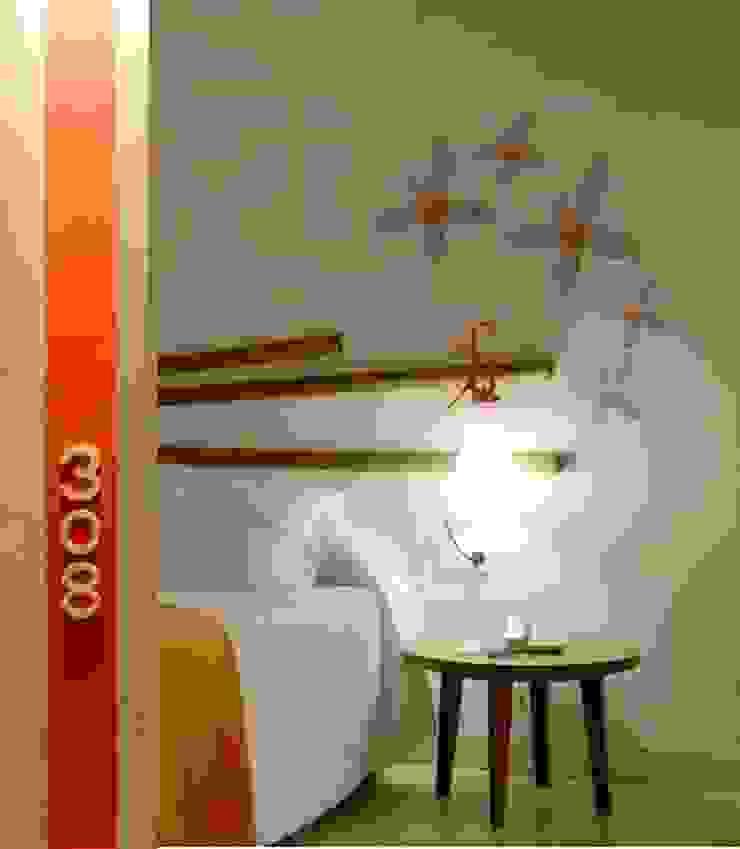 Hotel moderni di ruiz narvaiza associats sl Moderno