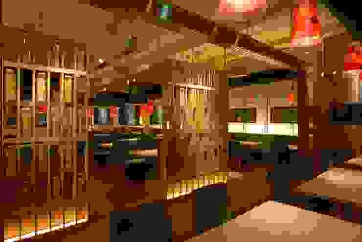 イタリア料理店「カプリチョーザ」 地中海風レストラン の ミズタニ デザイン スタジオ 地中海