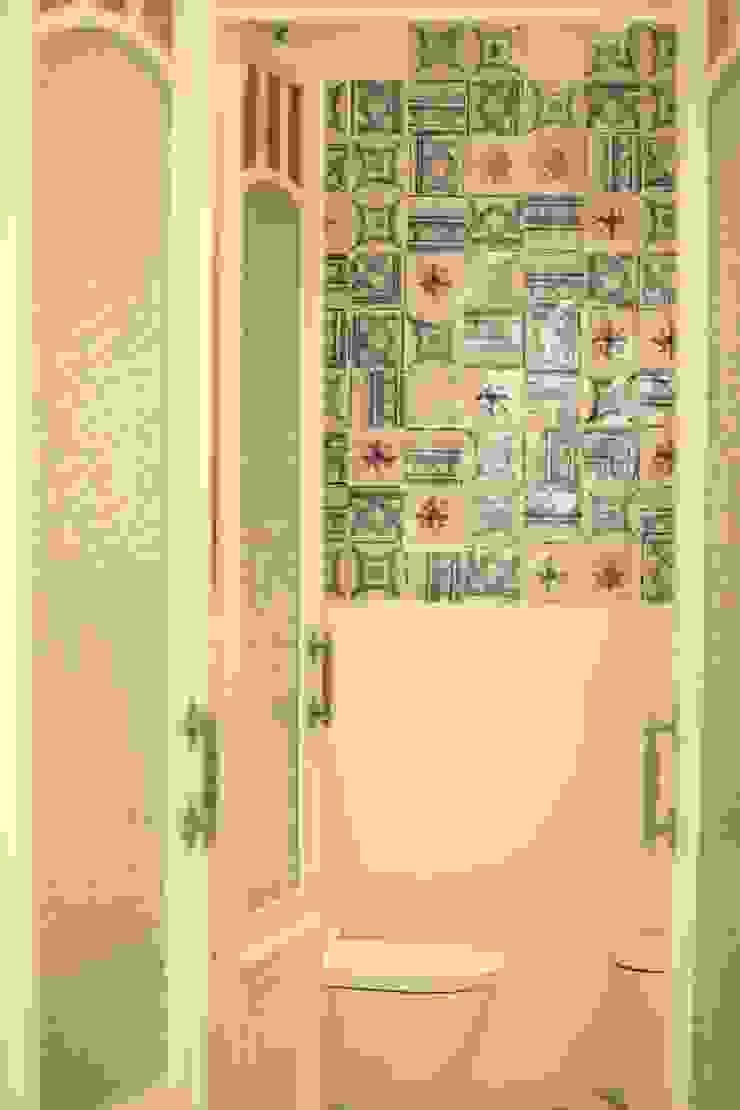 Instalações Sanitárias Clínicas clássicas por adoroaminhacasa Clássico Azulejo
