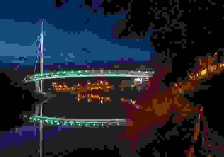 Ponte de Odemira, uma obra visionária Espaços comerciais modernos por Aura Light Moderno