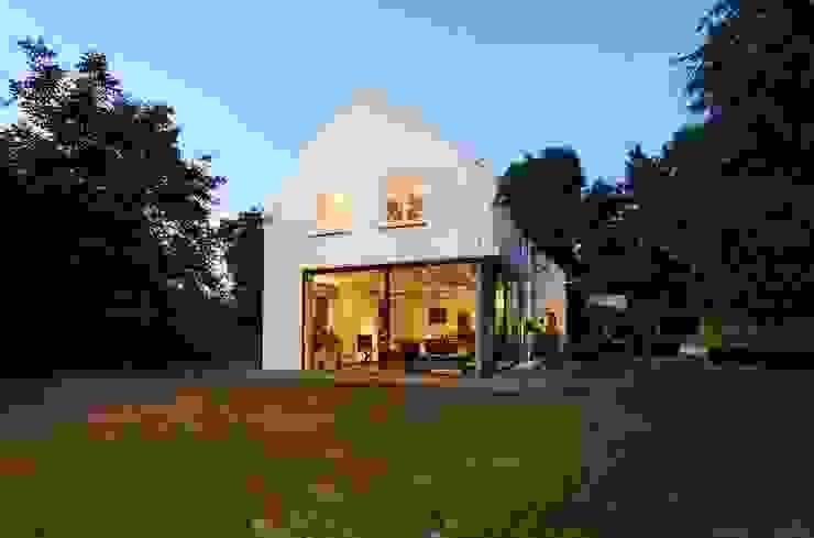 verbouwing woonhuis particlier Moderne huizen van JMW architecten Modern Glas
