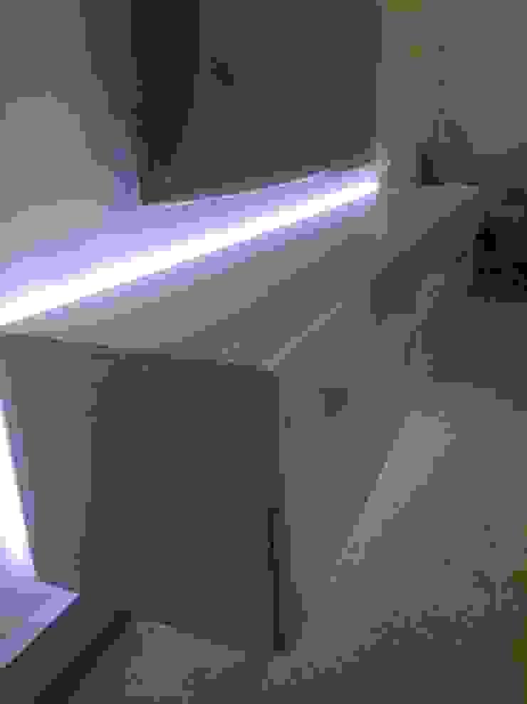 Interiorismo futurista de Felipe Lara & Cía Moderno Fibra natural Beige