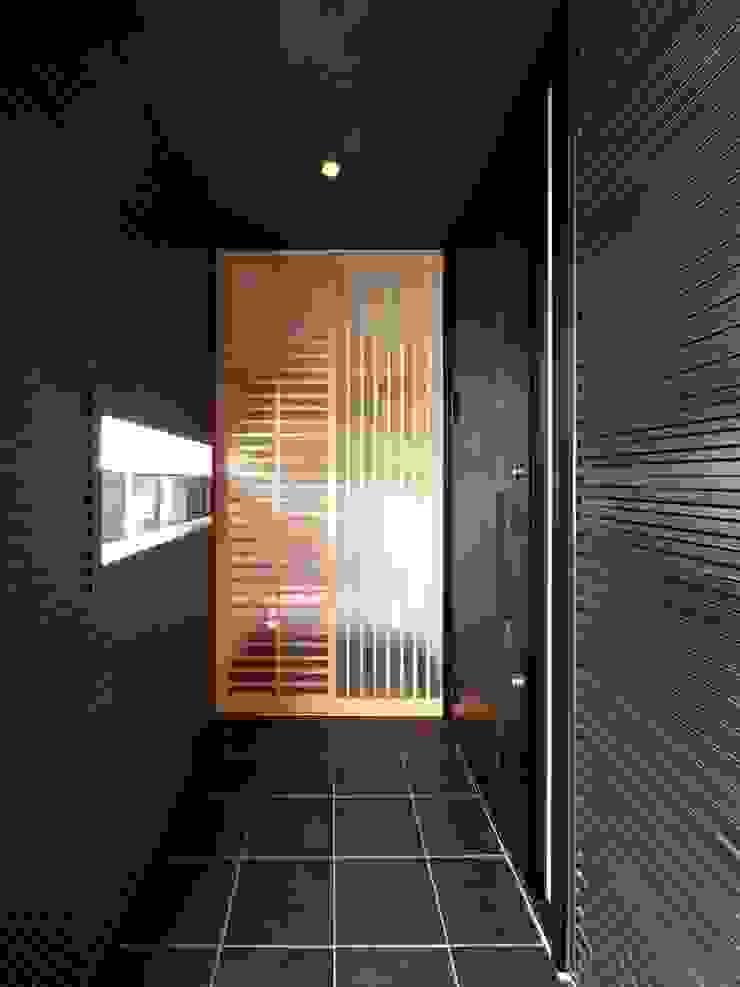 Balkon, Beranda & Teras Modern Oleh 6th studio / 一級建築士事務所 スタジオロク Modern
