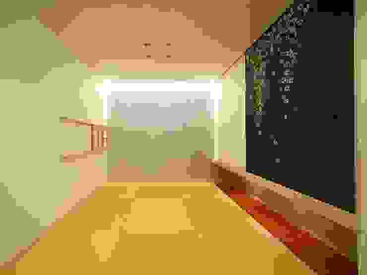 Ruang Media Modern Oleh 6th studio / 一級建築士事務所 スタジオロク Modern