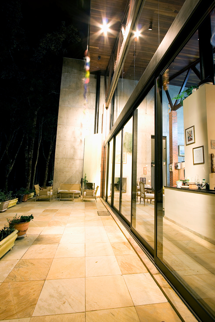 Rustic style house by Central de Projetos Rustic