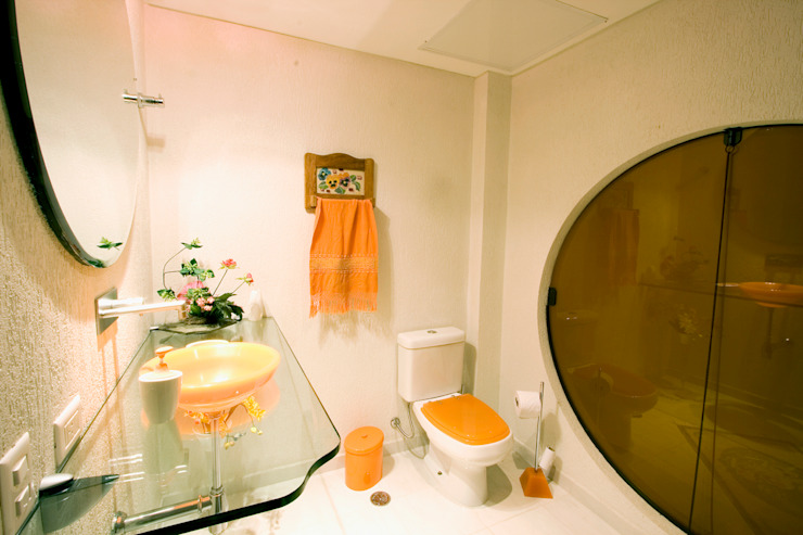 Bathroom by Central de Projetos