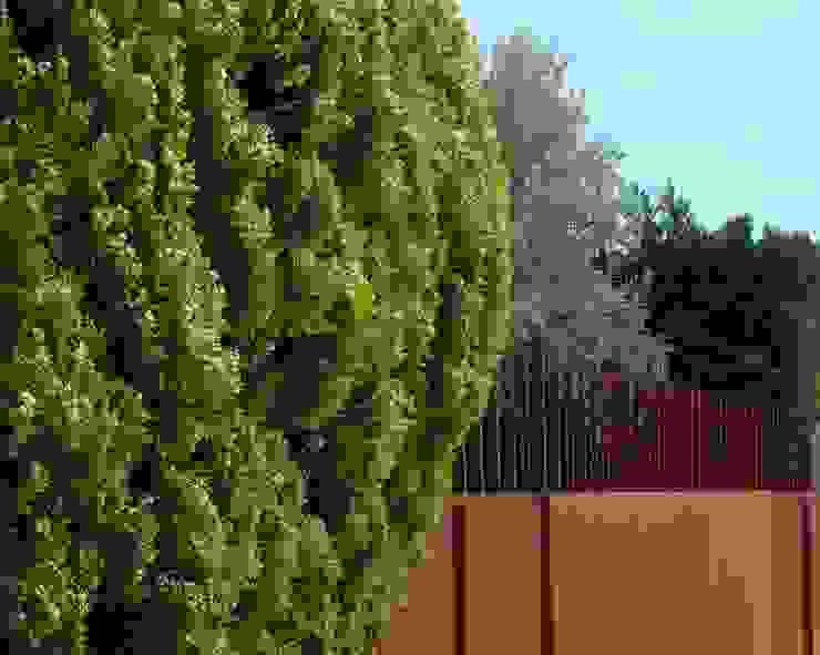 Moderne tuinen van ruiz narvaiza associats sl Modern