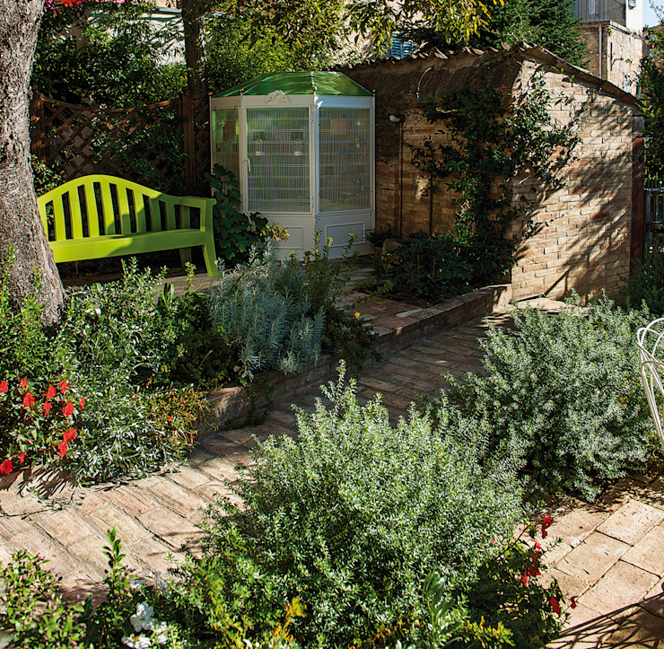 Jardins modernos por Giardini Giordani Moderno Plástico