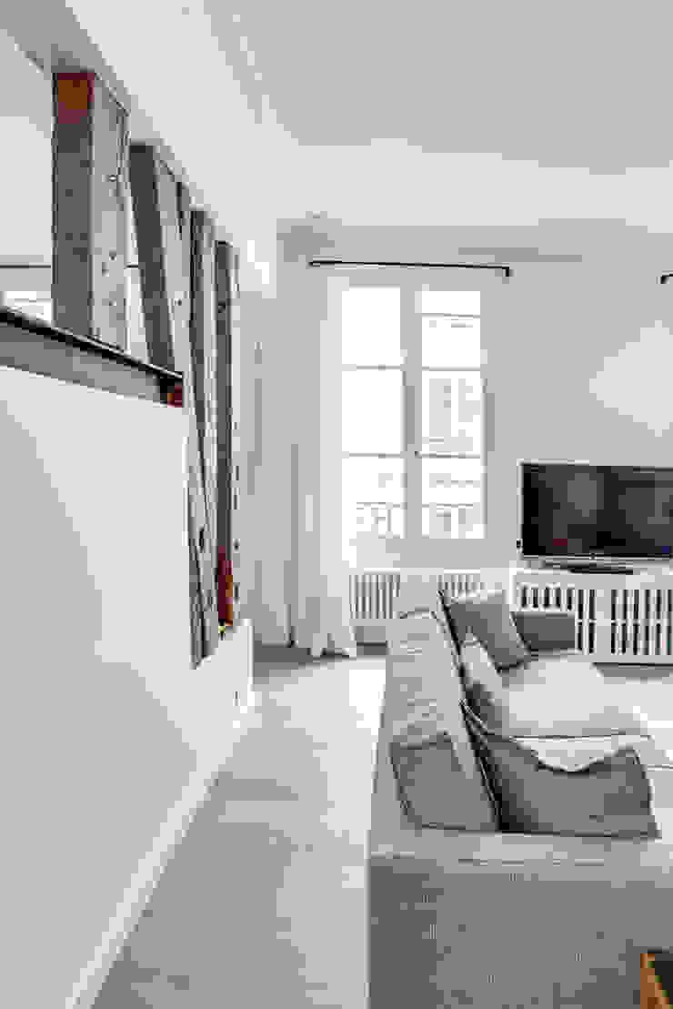 salon Salon moderne par cristina velani Moderne