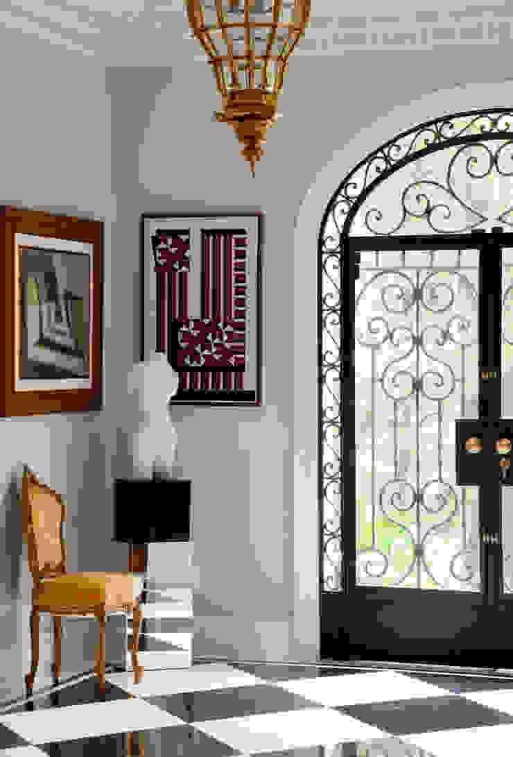 Fenêtres & Portes classiques par Allan Malouf Arquitetura e Interiores Classique