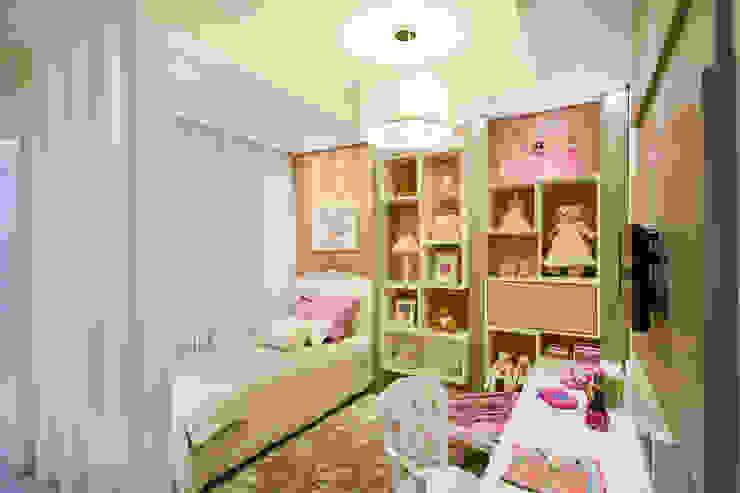 Quarto Menina 2 - Mostra Baby Dreams House Quarto infantil moderno por Heller Arquitetura e Interiores Moderno