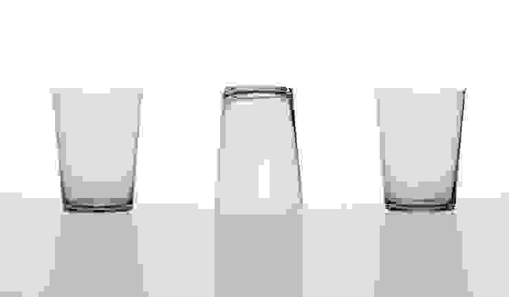 wave glass: SHINYA YOSHIDA DESIGNが手掛けたミニマリストです。,ミニマル