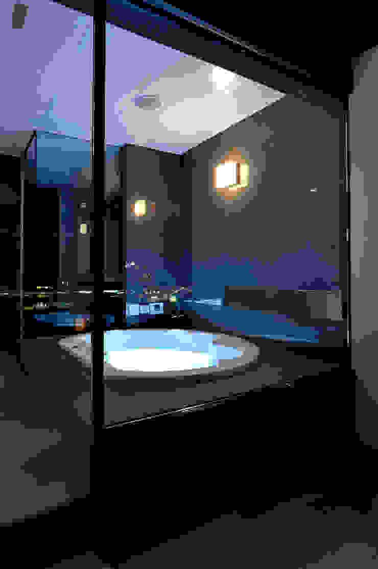 Jet bath: 株式会社 Atelier-Dが手掛けた現代のです。,モダン 石