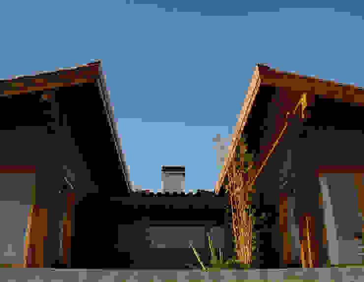 Moradia no Cadaval MIGUEL VISEU COELHO ARQUITECTOS ASSOCIADOS LDA Casas modernas