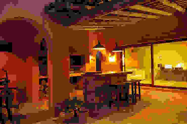Encuentro Estudio Moron Saad Modern balcony, veranda & terrace