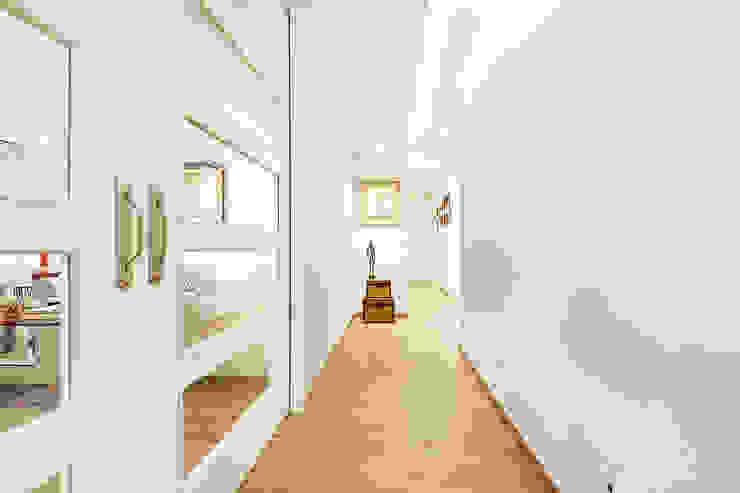 itta estudio Koridor & Tangga Klasik