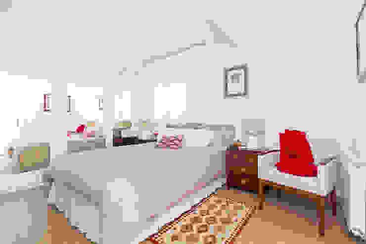La Paz. Madrid Dormitorios de estilo clásico de itta estudio Clásico