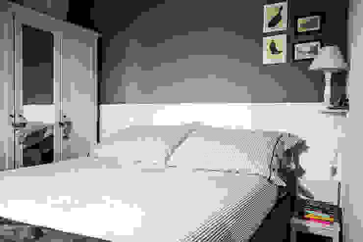Appartamento Napoli Camera da letto moderna di Giuliana Andretta Architetto Moderno
