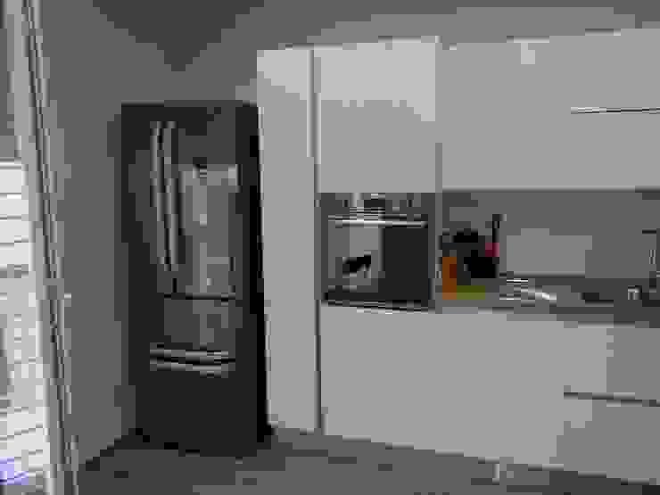 Lungomare Frassino Bianco di Cucine e Design Moderno