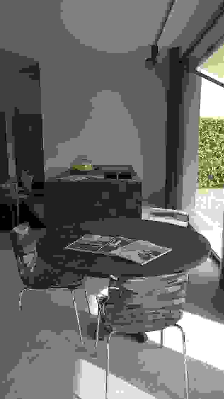 Vibo Cucine sas di Olivero Bruno e c. WohnzimmerCouch- und Beistelltische
