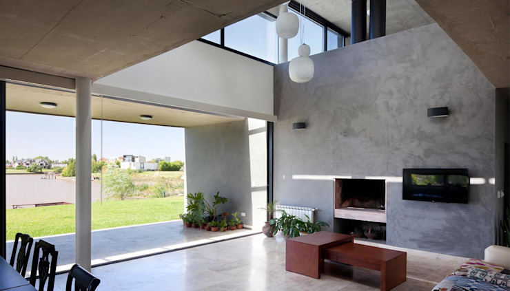 Living room by Speziale Linares arquitectos, Modern