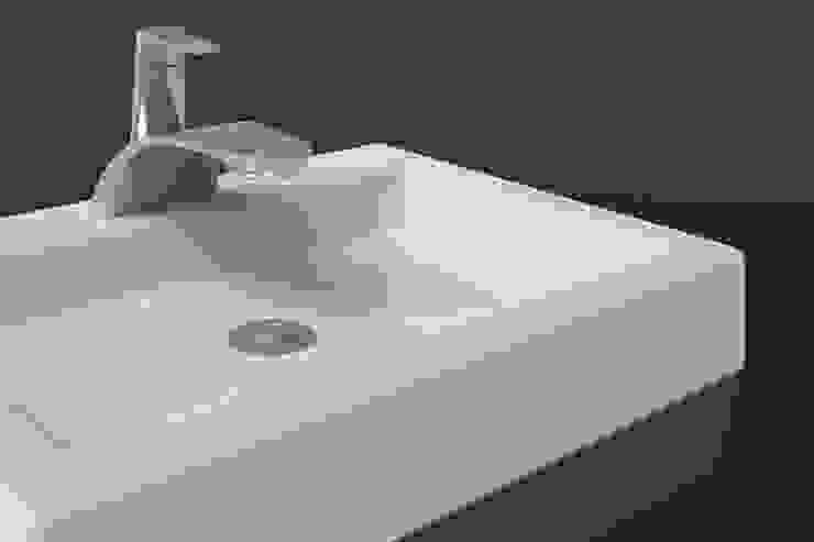 E-Tap:  industrial por Marcos Alves Design,Industrial Metal