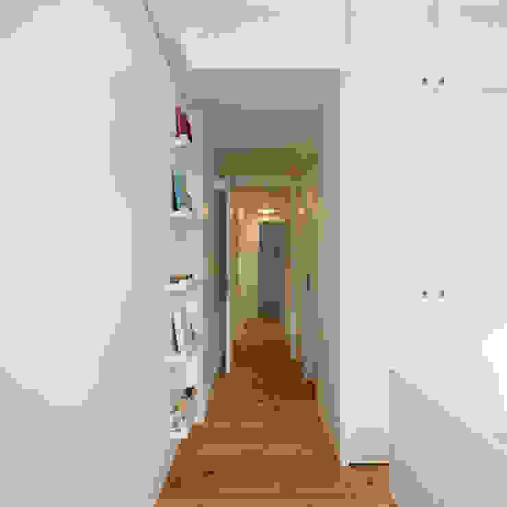 Chambre d'enfant moderne par OW ARQUITECTOS lda | simplicity works Moderne