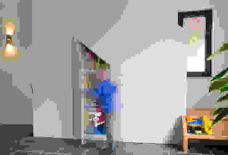 Ontwerpbureau Op den Kamp Modern living room