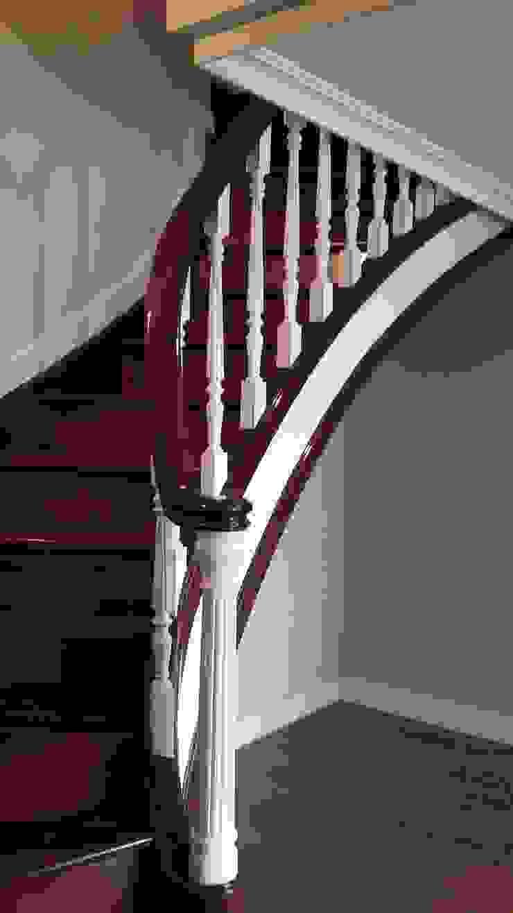 DecoYcina. Marta Espel Couloir, entrée, escaliers modernes Bois