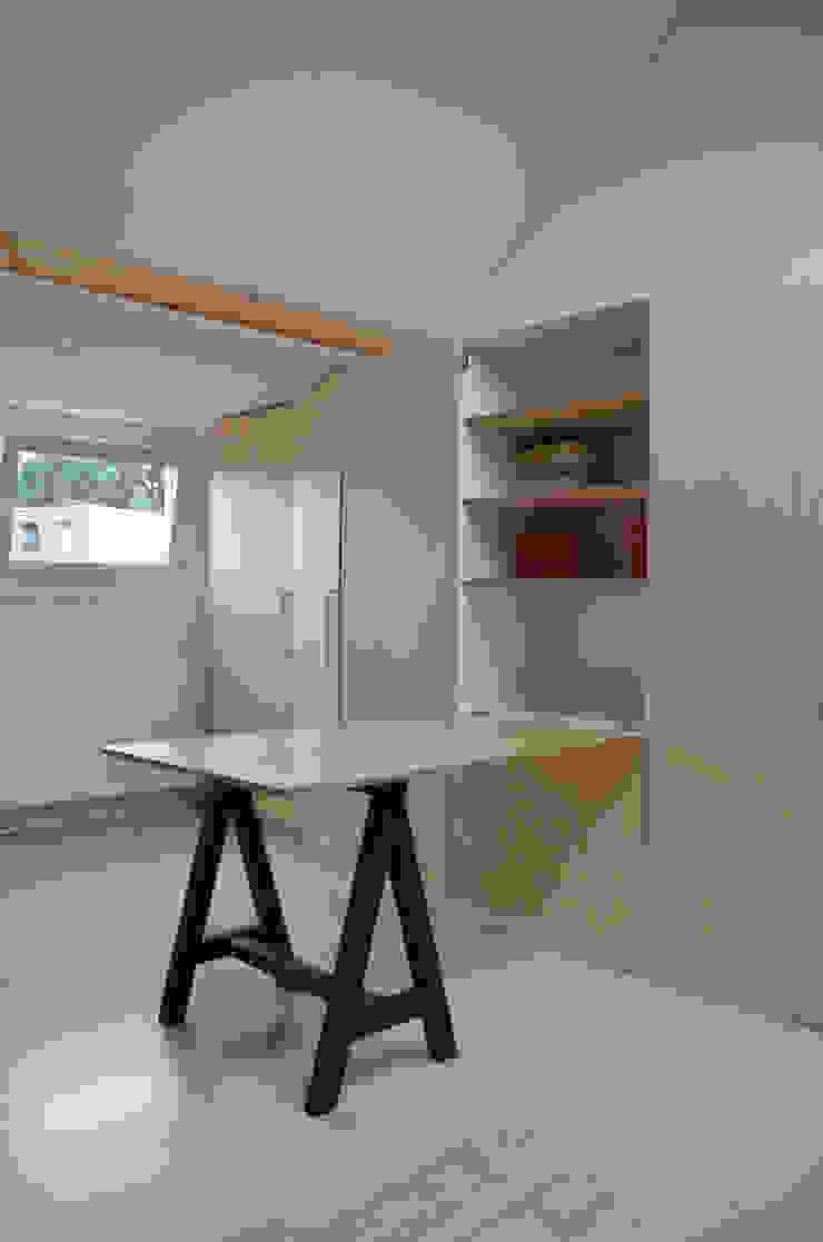 Ontwerpbureau Op den Kamp Modern Bedroom