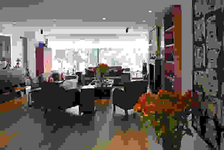 Área Social Salas modernas de KDF Arquitectura Moderno