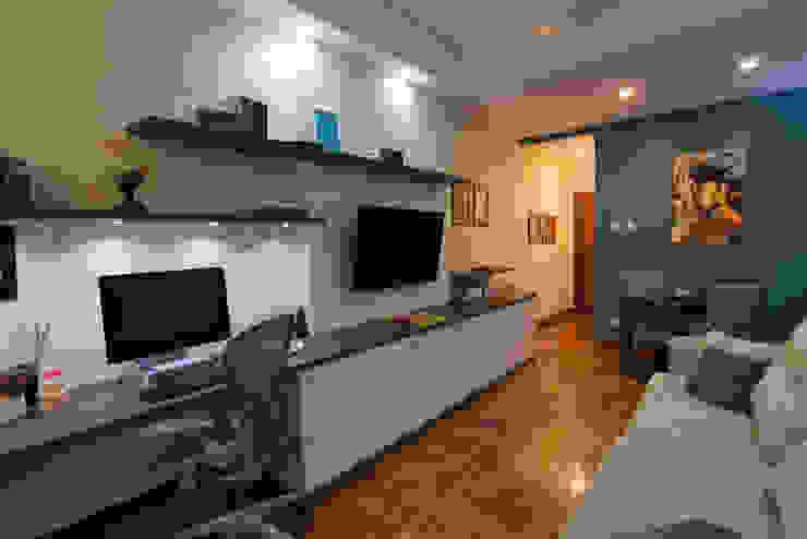 Apartamento Copacabana Salas de estar modernas por Seu Espaço - Arquitetura Moderno