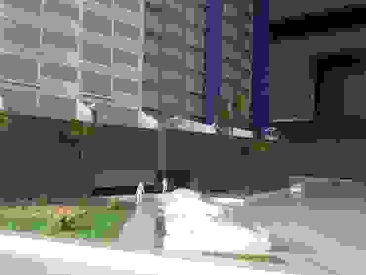 Acceso principal de Constructora e Inmobiliaria Catarsis