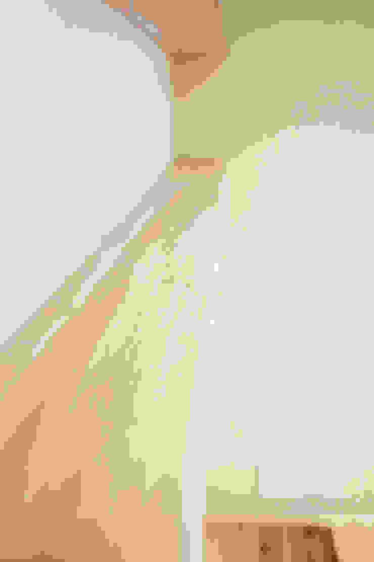 天然木の形を生かした飾り棚 の 株式会社 駿河屋