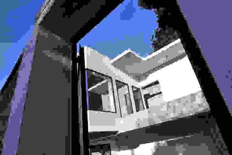 Villa G Maisons modernes par FJA Moderne